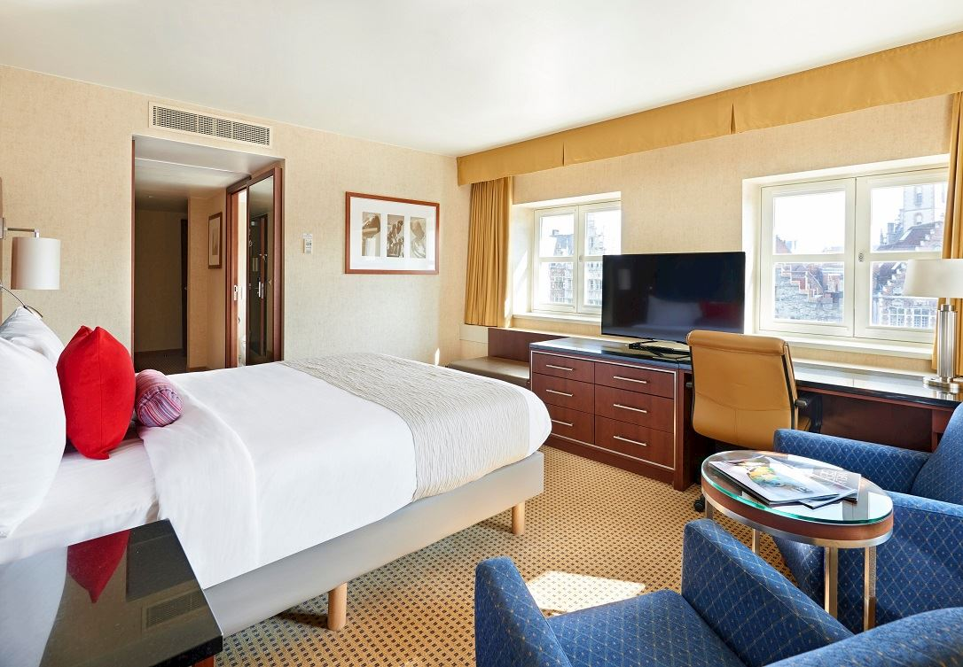 Canal View room